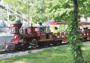 Tour Train Family Friendly Ride at Lake Winnie